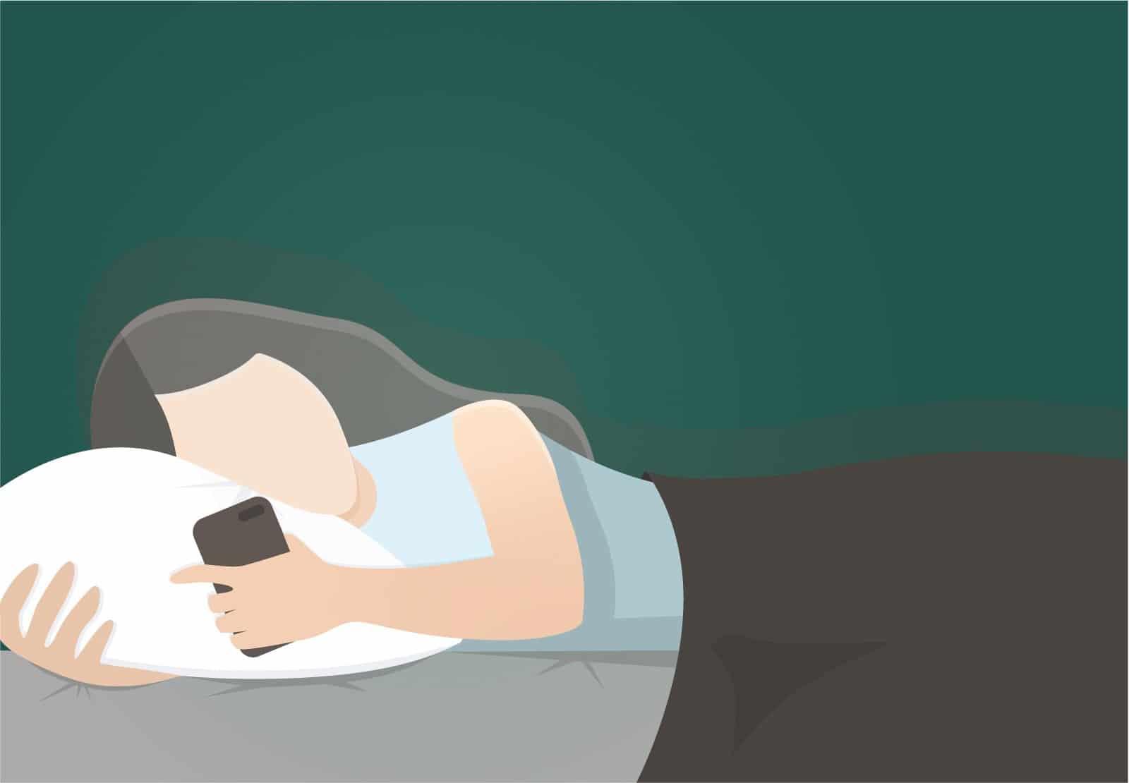 Handy am Bett – das Smartphone als Gefahr im Schlafzimmer?