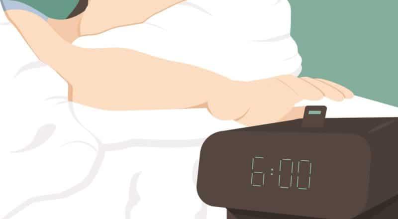 Snoozen: Der Grund für das Snoozen kann Schlafmangel sein.